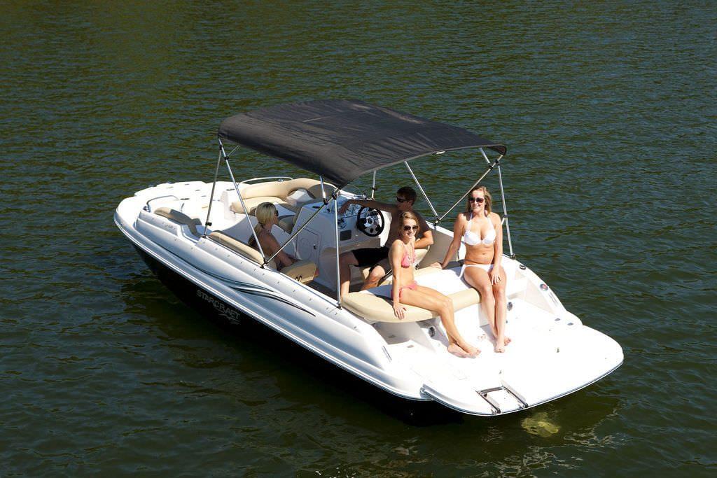 21ft-Starcraft-Deck-Boat Rental