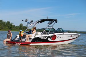 family boat rentals