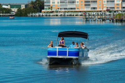 bay_water_pontoon_rental_02