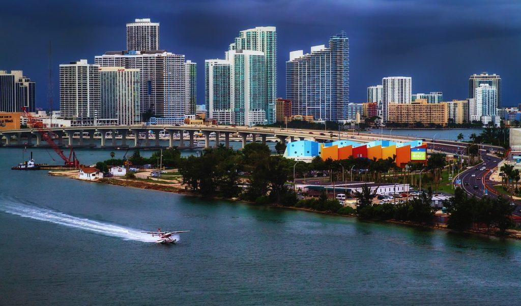 jet ski rentals Miami waterways