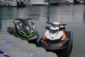 jet ski for rent on wet dock