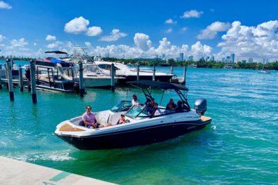 27' Monterey Miami Boat Rental (12)