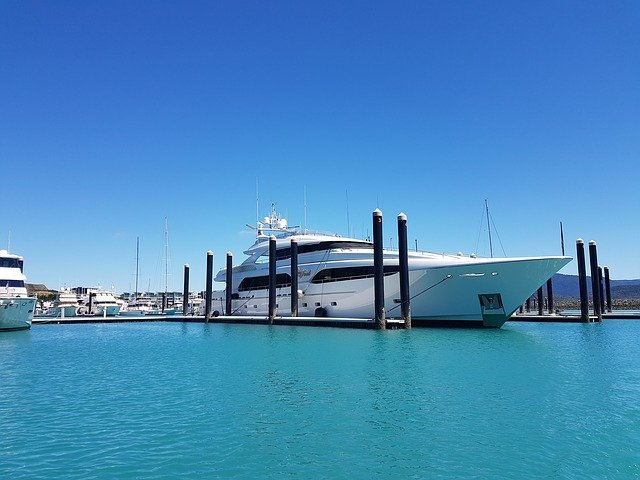 yacht charter miami at dock